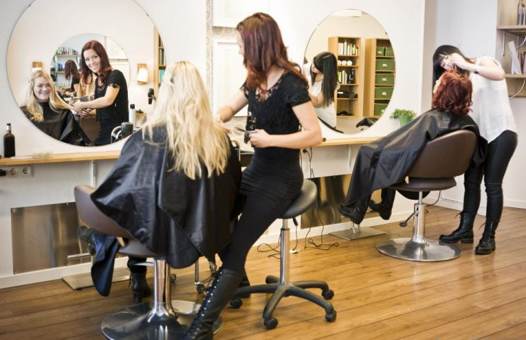 Choose the best Parlor and Salon
