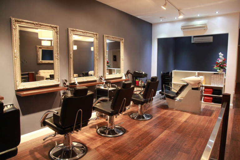 Decorate Your Beauty Salon With Stylish Salon Furniture