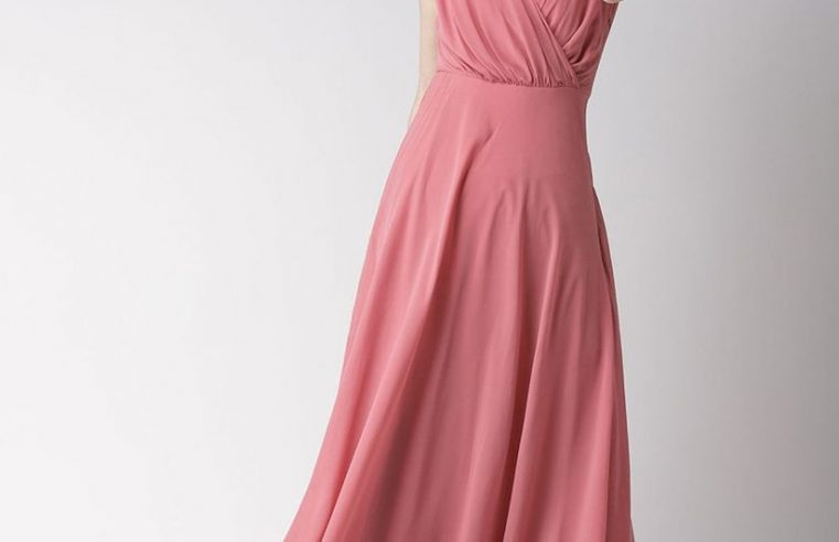 Having Trouble finding a maxi? These maxi dresses will catch every eye around you!